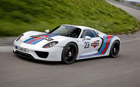 porsche 918 spyder wallpaper porsche 918 spyder 3 cool wallpaper hivewallpaper com