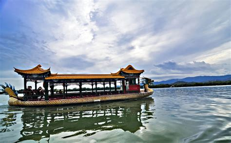 dragon boat palace affordable vacations in asia beijing china summer palace