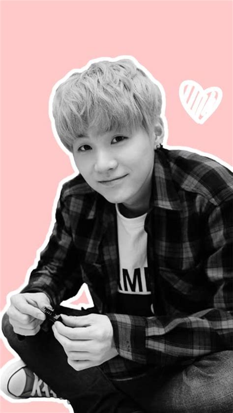 wallpaper bts suga bts suga wallpaper kpop wallpaper pinterest bts and