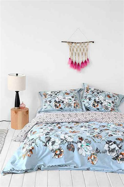 plum and bow bedding plum bow olivia duvet cover urban outfitters