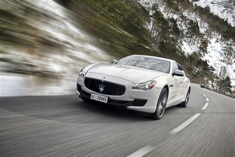 Maserati All Wheel Drive Maserati Reveals All Wheel Drive Quattroporte Q4 In Geneva
