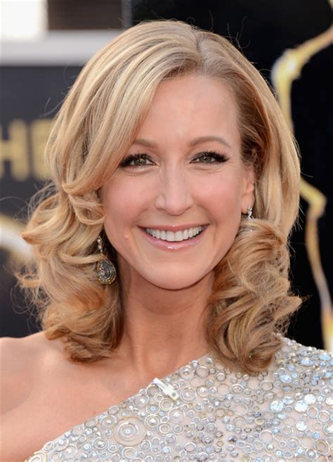 lara spencer lara spencer photos photos carpet arrivals at the oscars zimbio