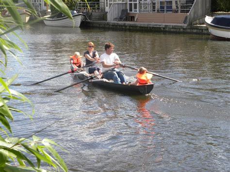 uitstappen roeiboot scout 540 roeiwerf