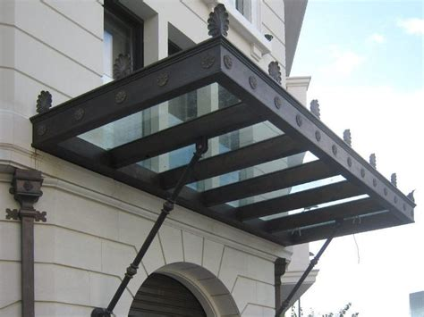 tettoie per portoni pensilina per portoni in vetro pensilina in vetro