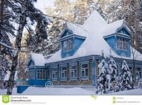 The Russian House The Russian House In The Winter Stock Images Image 14107504