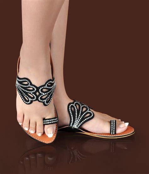 Flat Shoes Ethnic Motive Black White Sh005 2 butterfly ethnic black flat slippers