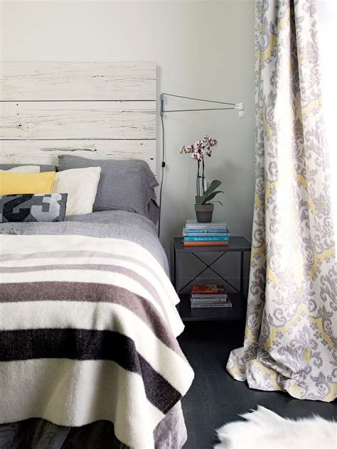 neutral bedroom curtains 1000 ideas about neutral bedroom decor on pinterest