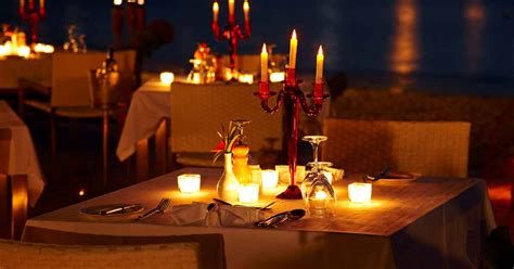 Romantic Dinner Recipes by Here S Where To Have A Romantic Candle Light Dinner In