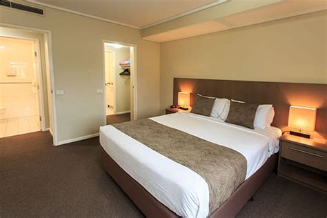 melbourne 4 bedroom apartments 3 bedroom apartments melbourne cbd 4 nights bedroom and