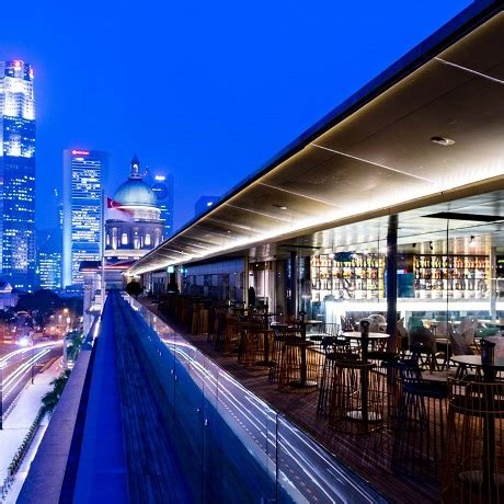 top rooftop bars singapore 10 best rooftop bars in singapore for drinks with a view