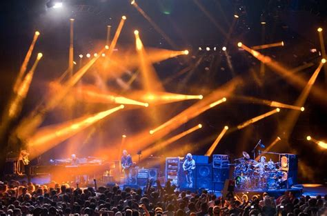 Pine Knob Dte by Phish Rocks Out Dte Energy Center Detroit Underground