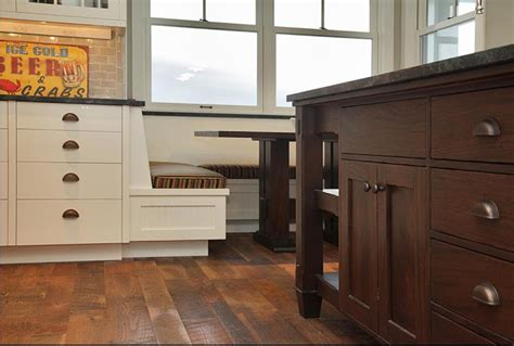 delorme designs white craftsman style kitchens delorme designs white craftsman style kitchens