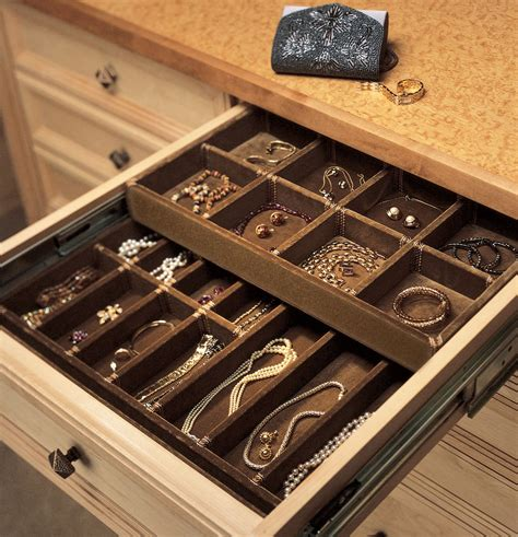 How To Store Jewelry In A Drawer 10 great organizing tips for your closet top home designs