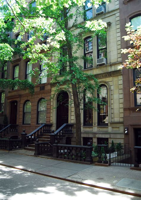 Appartments York by S Brownstone In Quot The Back Up Plan Quot Hooked