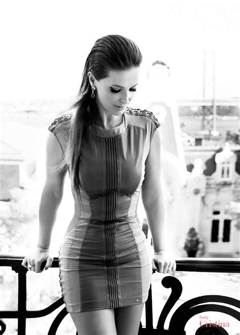 Cristina Ferreira com vestido justo - Boas.pt