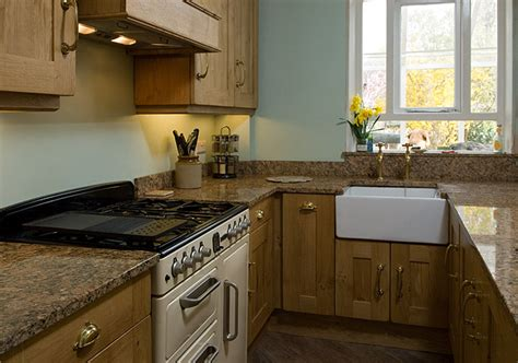 Handmade Oak Kitchens - traditional oak kitchen lovewood kitchens