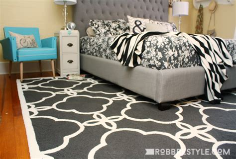 Bedroom Rugs For Hardwood Floors by How Use An Area Rugs With Your Hardwood Floors