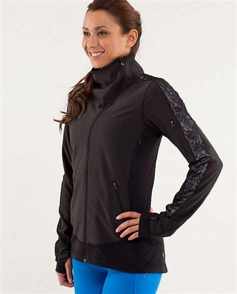 run draft dodger jacket s jackets and hoodies lululemon athletica wish list
