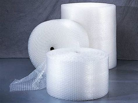 Buble Packing polycyberusa 3 16 quot small wrap 24 quot width roll perforated 350 quot ft 24bs350 ebay