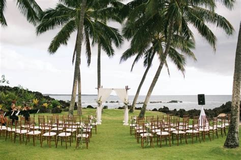 White Orchid Beach House Hawaiis Wedding Planners And | stylish hawaiian wedding at white orchid beach house