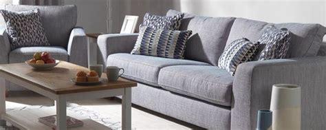 divano in pelle o tessuto meglio il divano in pelle o in tessuto il divano