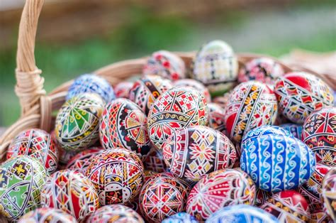 easter customs easter traditions easter eggs