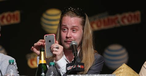 home alone actor now drug addict macaulay culkin is essentially retired at age 35