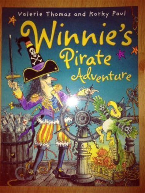 winnies pirate adventure 0192736027 pic t winnie the witch winnie s pirate adventure valerie thomas and corky paul creating