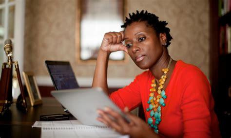 liberty mutual african american girl who is the tall black woman in the liberty mutual