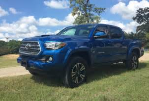 Toyota Tacoma 4x4 Trd Sport The 2016 Toyota Tacoma Trd 4x4 Sport Is An Road Beast