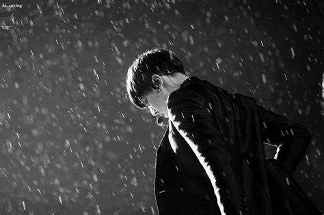 bts rain 6 amazing photos of bts s jungkook dancing in the rain