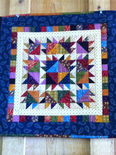 Paw Quilt Ideas by 1000 Ideas About Paw Quilt On Quilts