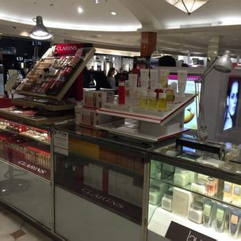 macys 23 photos department stores the oaks macy s 33 photos 166 reviews department stores