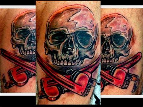 Plumbing Tattoos by Plumber Skull And Cross Bone By Tattoos