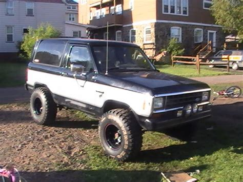 how it works cars 1984 ford bronco ii engine control slowbroncoii 1984 ford bronco ii specs photos modification info at cardomain