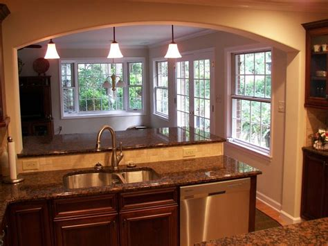 Kitchen With Backsplash 1000 Ideas About Small Kitchen Remodeling On Pinterest