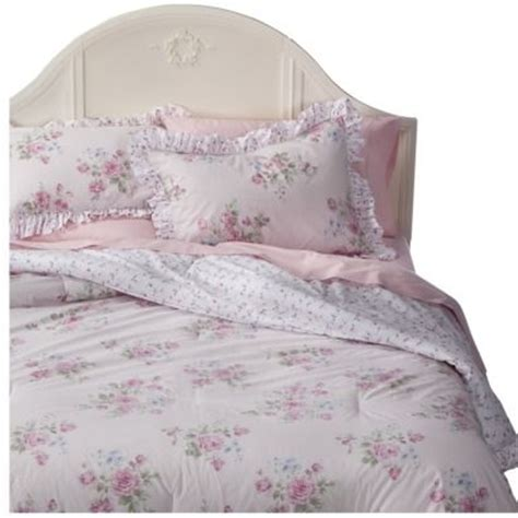 pink shabby chic bedding simply shabby chic 174 misty rose comforter set pink twin