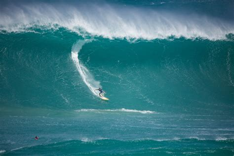 best surf hawaiian surfing holidays 5 of the best hawaii surf spots