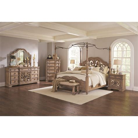 queen poster bedroom set ilana 4pc queen poster bedroom set