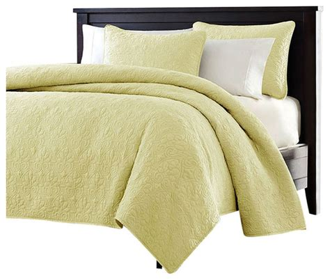 polyester coverlets king size yellow quilted polyester microfiber coverlet set