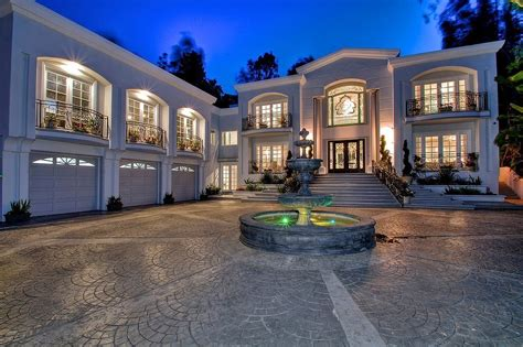 house p manny pacquiao snatches up beverly hills home celebrity