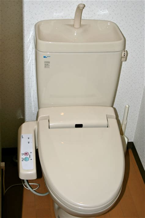 japanisches wc japanese toilets western style vs japanese style the