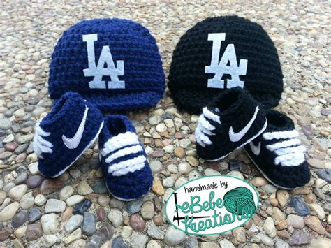 pattern crochet nike booties crochet hats and nike shoes children babies pinterest