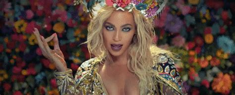 beyonc 233 aus on twitter quot bey has re touched her faded beyonc 233 quot hymn for the weekend quot gifs popsugar celebrity
