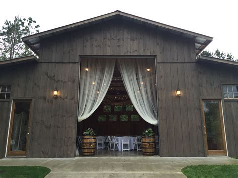 The Coffey Barn   Cleveland, TN   Wedding Venues in