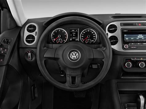 volkswagen tiguan 2015 interior automotivetimes com 2013 volkswagen tiguan interior 3