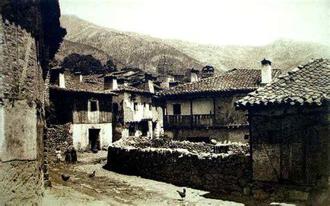 fotos antiguas navaluenga pueblo 1 hombre en camino