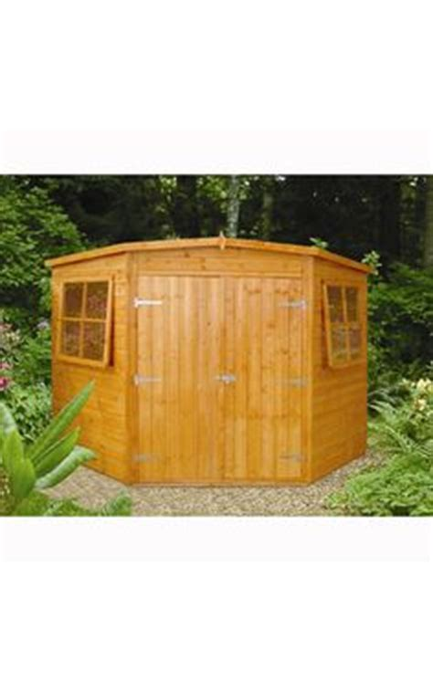Burt Munro Shed by 1000 Images About Summerhouses Sheds Garden Stuff On