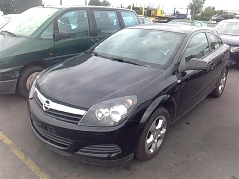 opel astra 2005 coupe calandre opel astra h gtc coupe diesel
