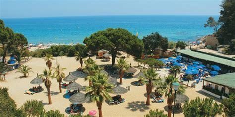 coco lounge and restaurant cala cing cala gogo gelegen aan het prachtige strand